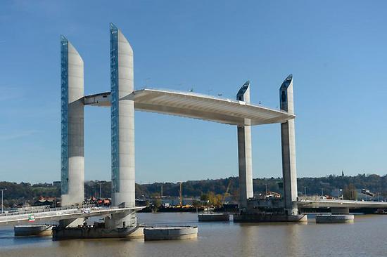 Pont jacques chaban delmas bordeaux - Le pont levant de bordeaux ...