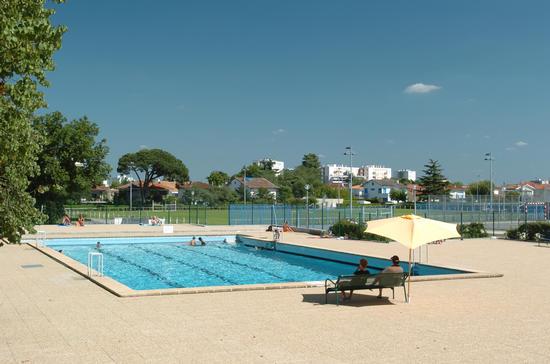 Piscine st h lin piscines et baignades sports et - Horaires piscine chamalieres ...