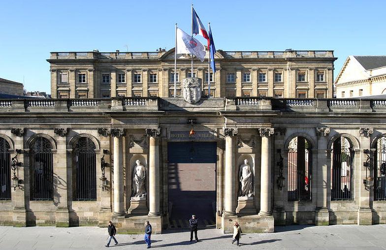 """Résultat de recherche d'images pour """"Hôtel de Ville de Bordeaux Images"""""""